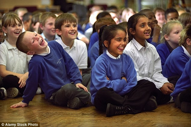 Еждневная ассамблея вбританской школе