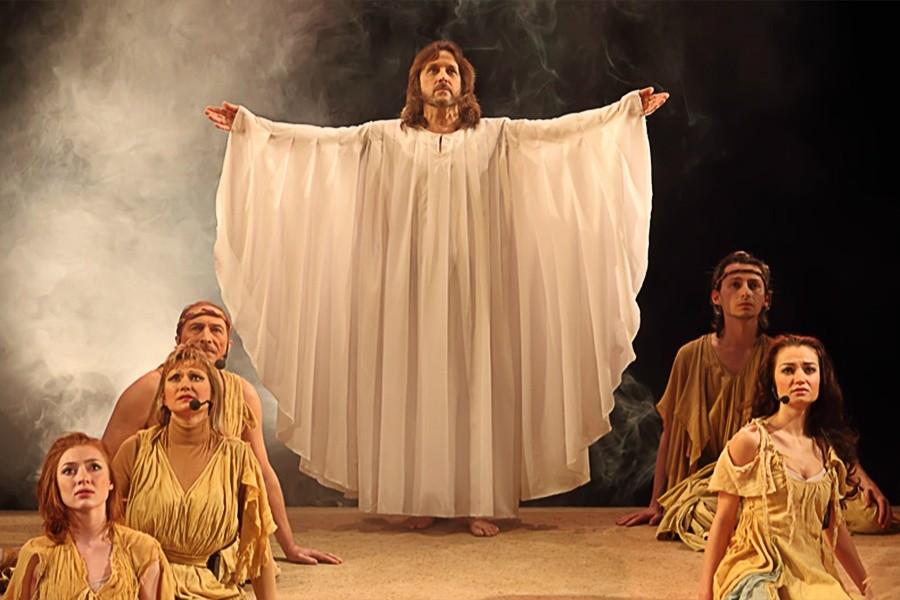 Сцена изспектакля «Иисус Христос— суперзвезда». Фото: театр «Рок-опера»