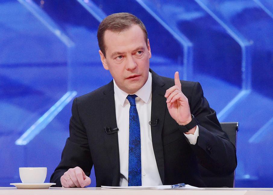 Дмитрий Медведев впрограмме «Разговор». Фото: Александр Астафьев/ ТАСС