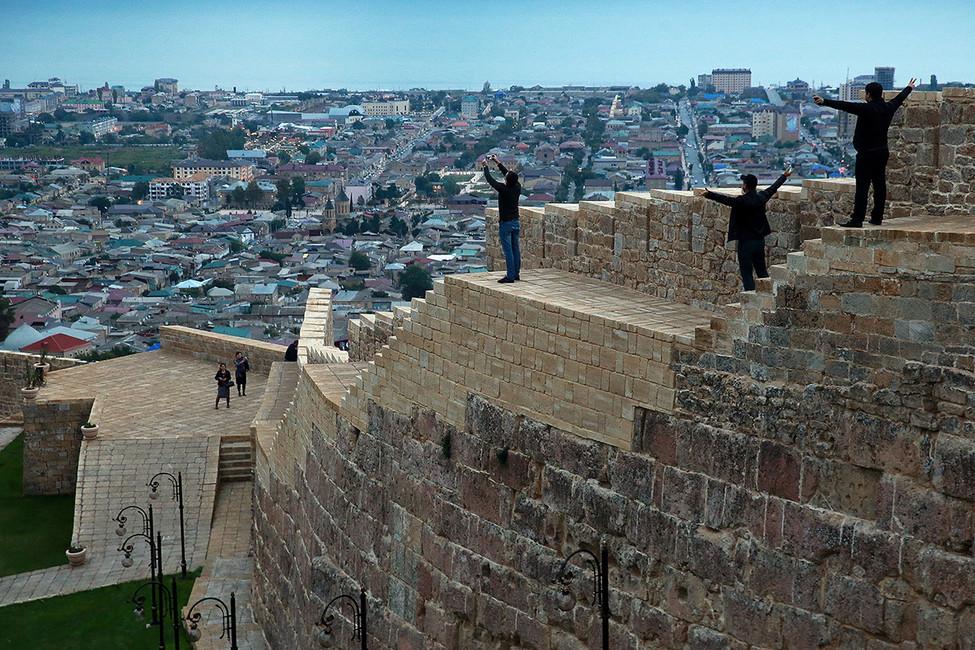 Древняя крепость Нарын-кала внагорной части Дербента, Дагестан. Фото: Сергей Фадеичев/ ТАСС