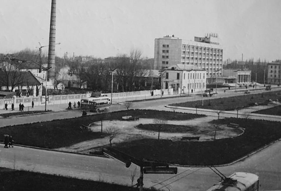 Завод имени М.И. Калинина