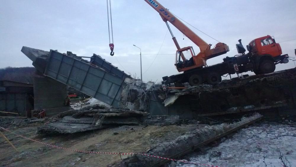 Обрушение моста нафедеральной трассе в2013 году