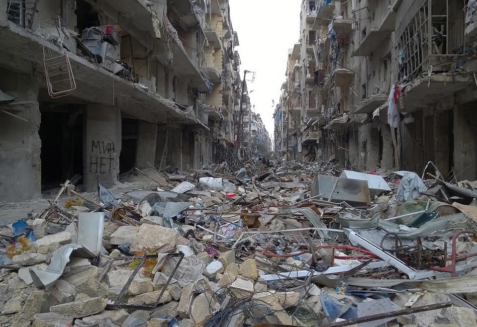 Разминированная улица врайоне Аль Миасар вАлеппо. Фото: Тимур Абдуллаев/ NewsTeam/ ТАСС