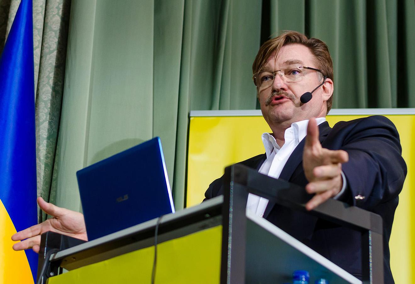 Евгений Киселев.