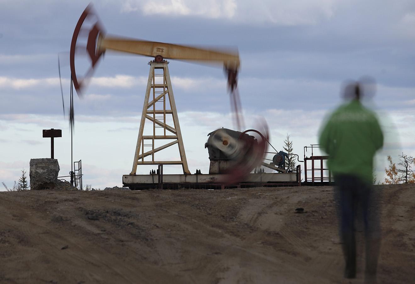 Нефтяная вышка в районе Усинска.