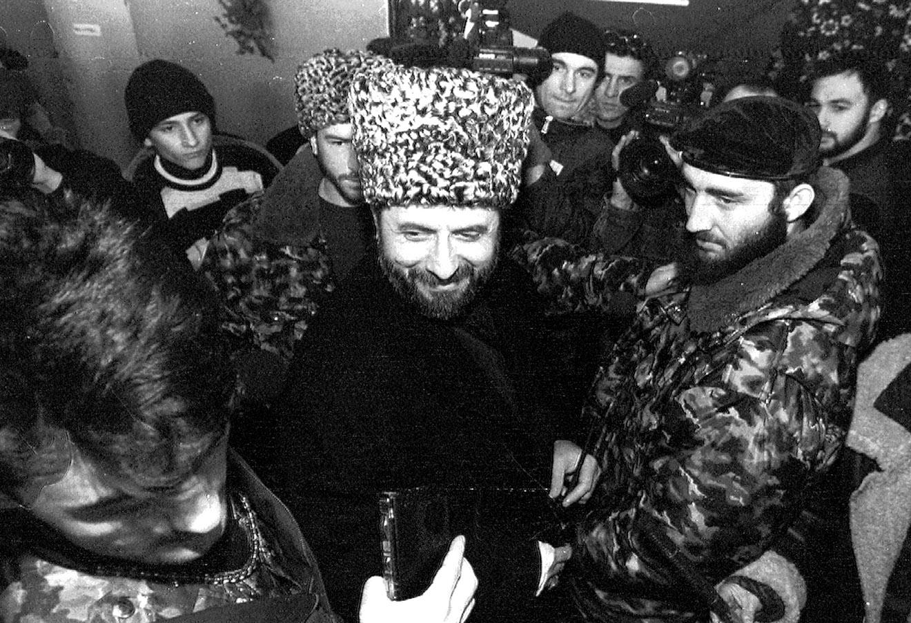 Зелимхан Яндарбиев, 1997 год.