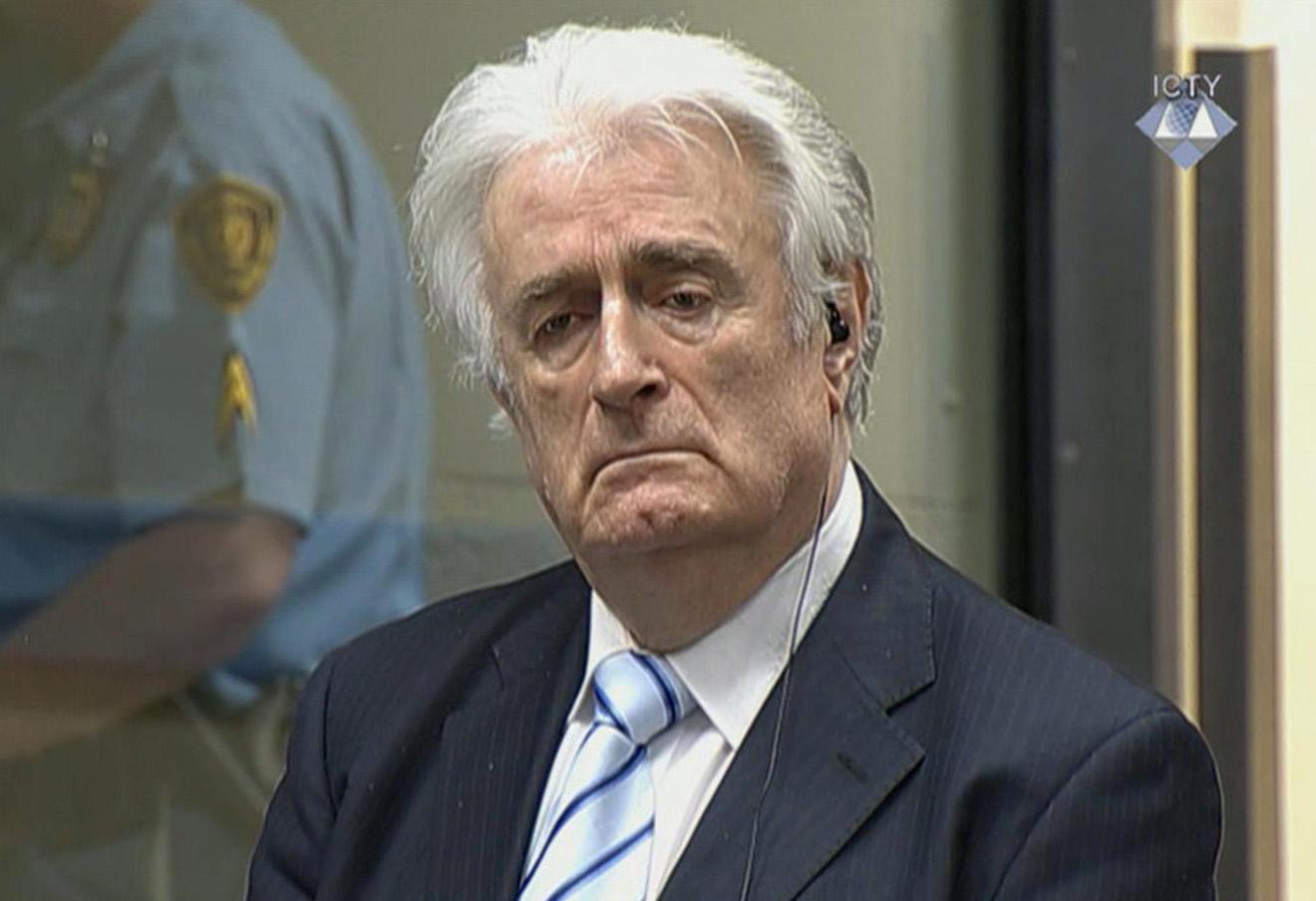 Радован Караджич слушает приговор 24 марта 2016 года.