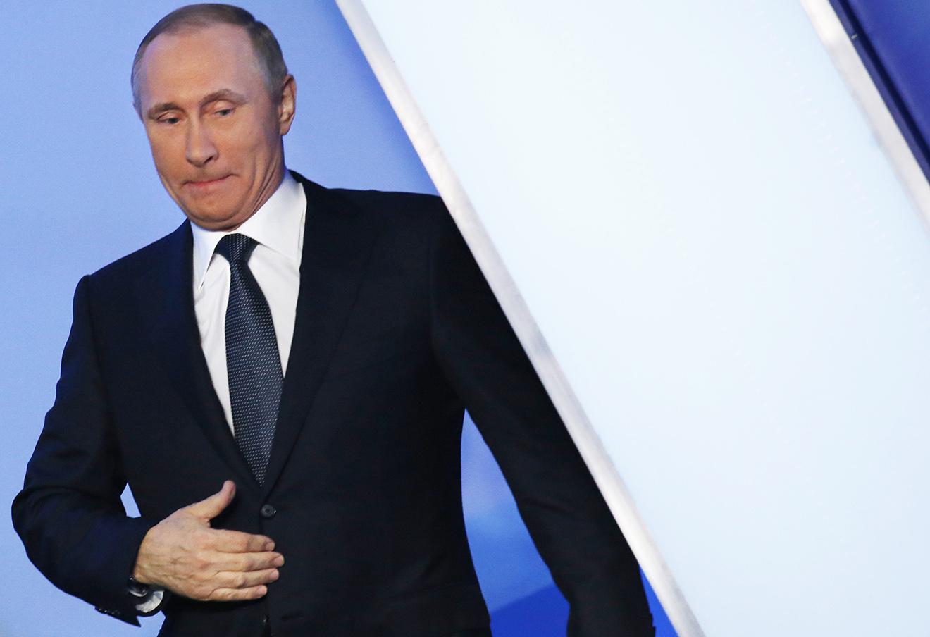 Владимир Путин на пленарном заседании III Медиафорума независимых региональных и местных СМИ «Правда и справедливость», организованного «Общероссийским народным фронтом», 7 апреля 2016 года.