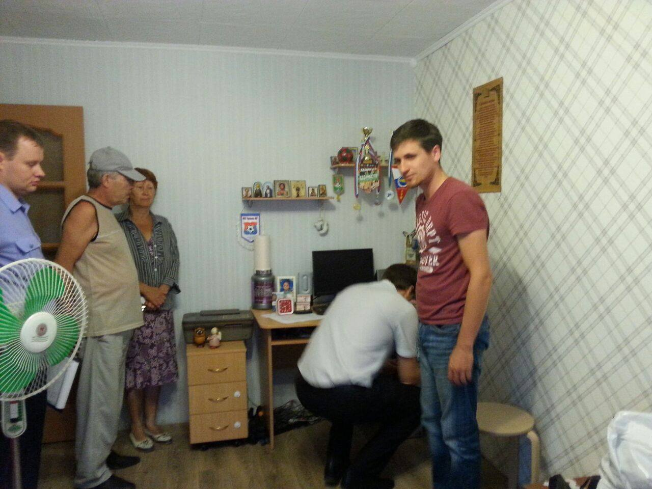 Обыск дома у Натальи Вахониной. Фото: Егор Бычков / Facebook