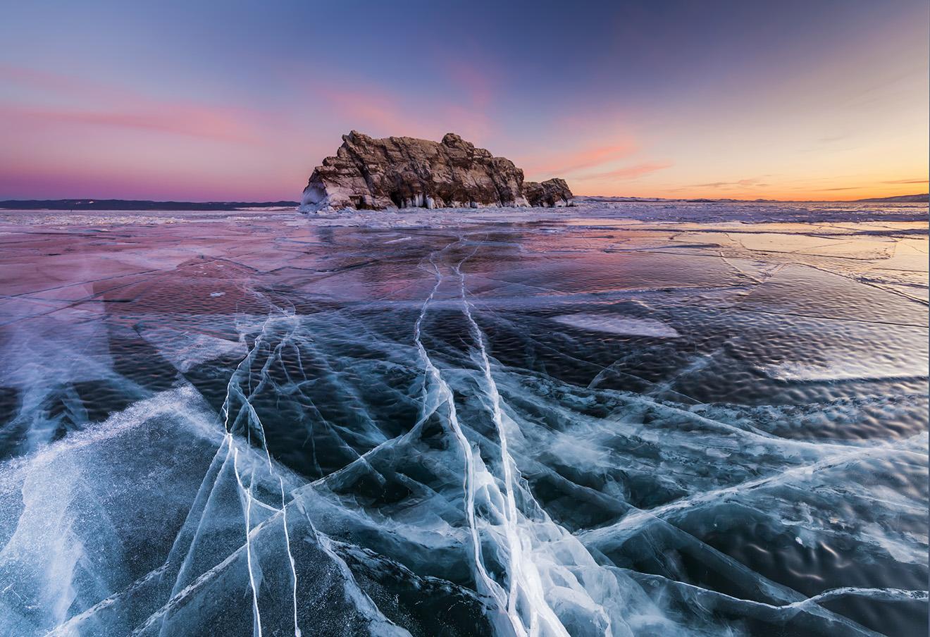 Озеро Байкал. Фото: Anton Petrus / Barcroft Images / ТАСС