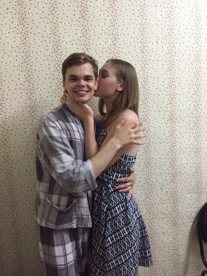 Константин Задоя и Мария Кардаш в психбольнице Новосибирска. Фото предоставлено Марией Кардаш