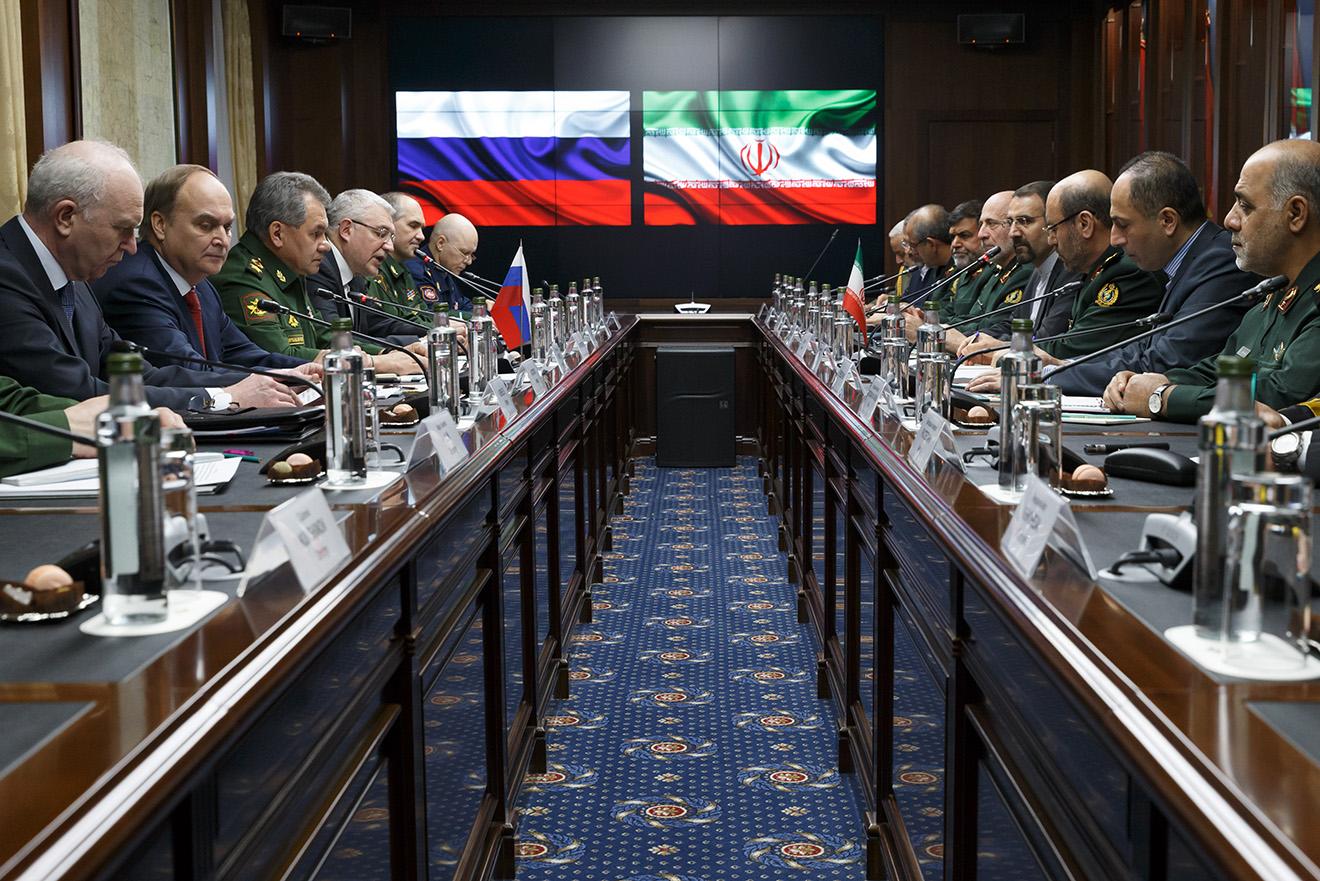 Встреча министров обороны России и Ирана. Москва, февраль 2016 года.