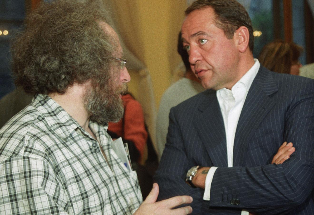 Алексей Венедиктов и Михаил Лесин, 2002 год.