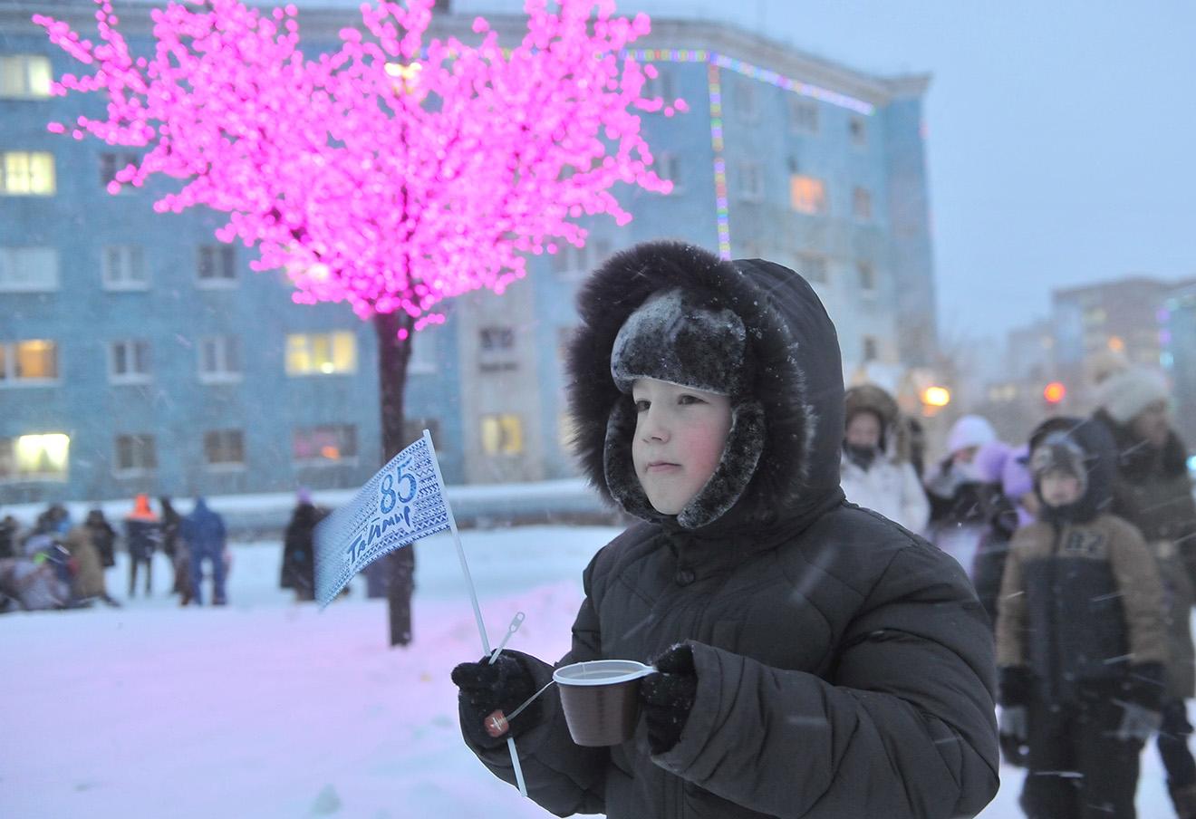 На одной из улиц Норильска. Фото: Денис Кожевников / ТАСС