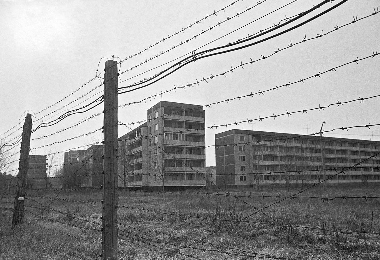 Припять через четыре года после катастрофы на Чернобыльской АЭС.