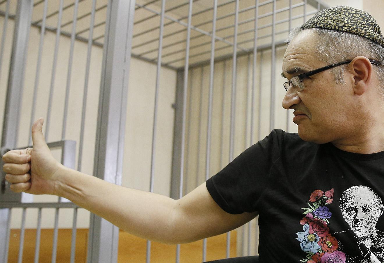 Антон Носик в Пресненском судне, 3 октября 2016. Фото: Александр Щербак / ТАСС