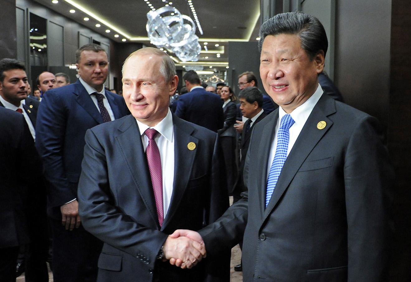 Владимир Путин и председатель КНР Си Цзиньпин.