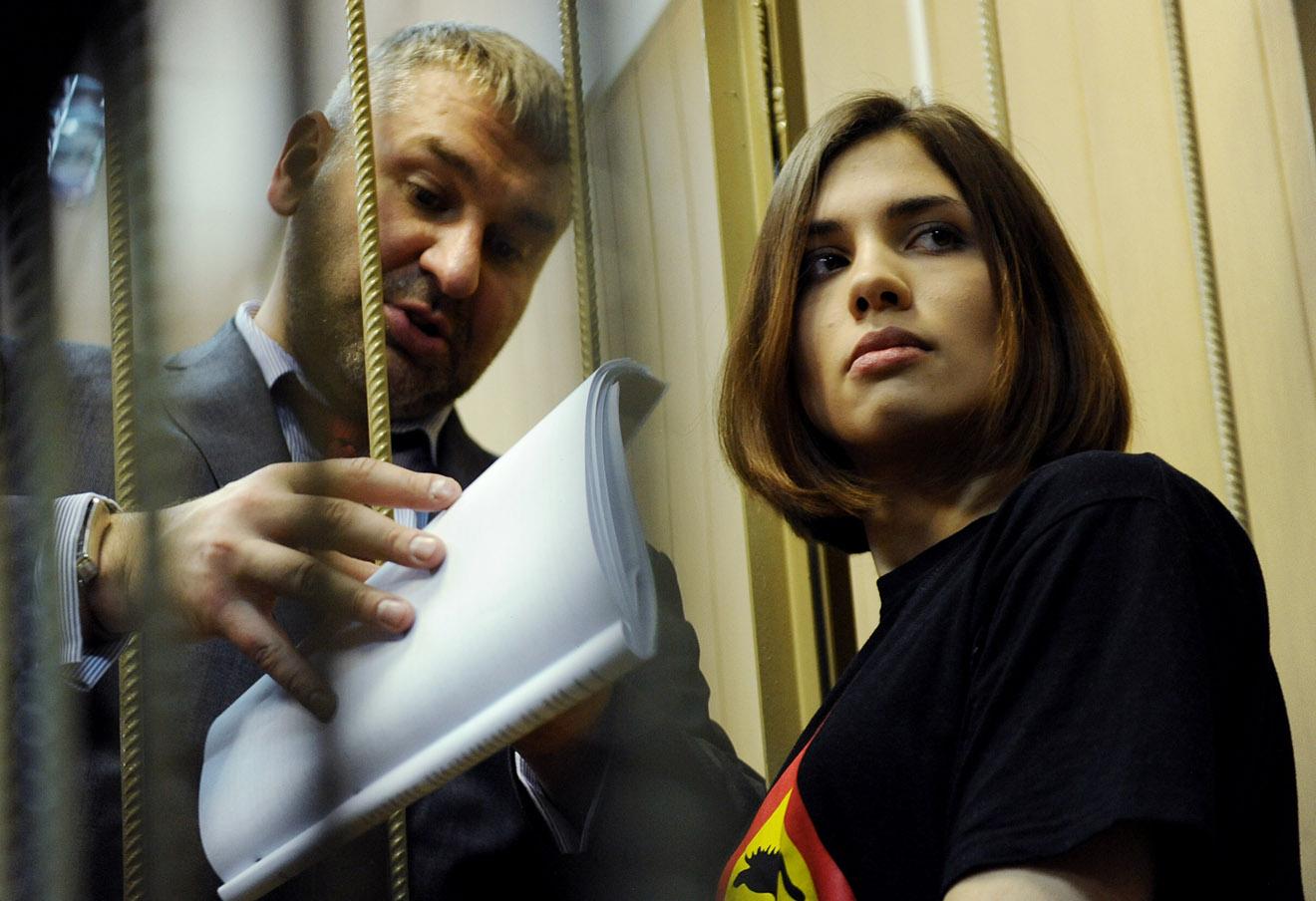 Марк Фейгин и Надежда Толоконникова, 2012 год. Фото: Сергей Карпов / ТАСС