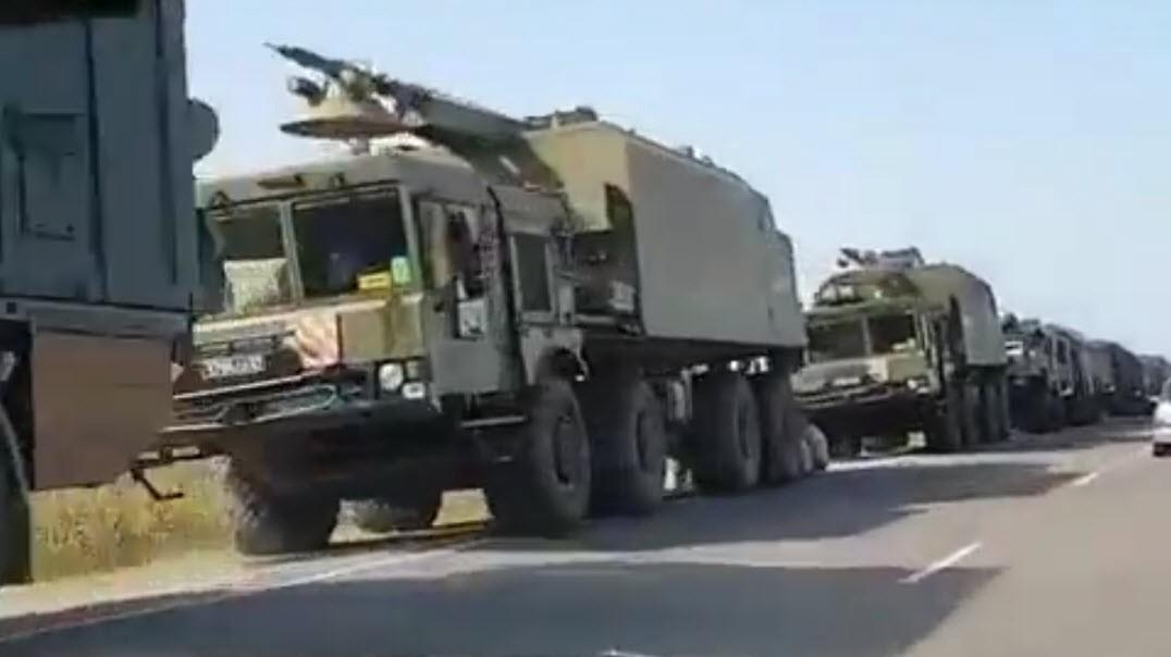 Ракетный комплекс «Бастион-П» на шоссе в районе порта Кавказ. Дата неизвестна, кадр из видео, опубликованного 11 августа