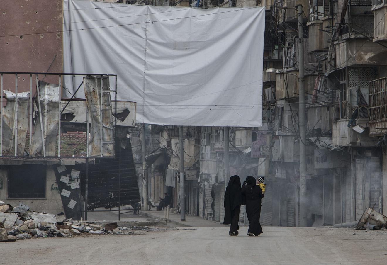 Последствия военных действий в Алеппо.