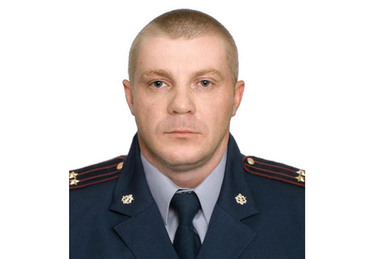 Дмитрий Комнов.