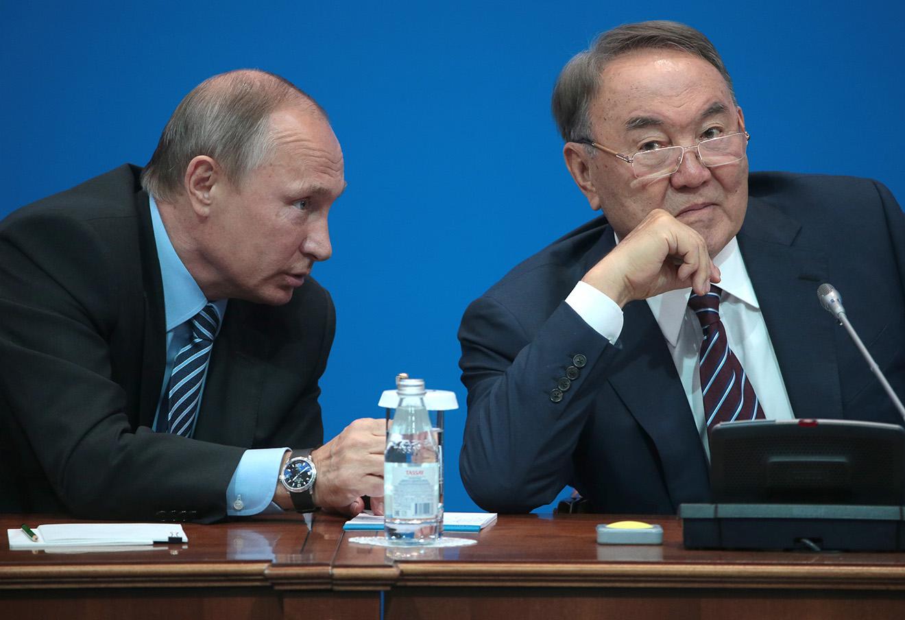 Владимир Путин и Нурсултан Назарбаев. Фото: Михаил Метцель / ТАСС