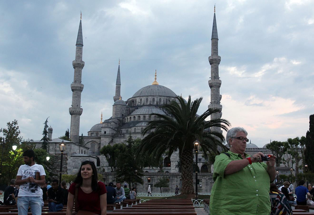 Туристы в Стамбуле.