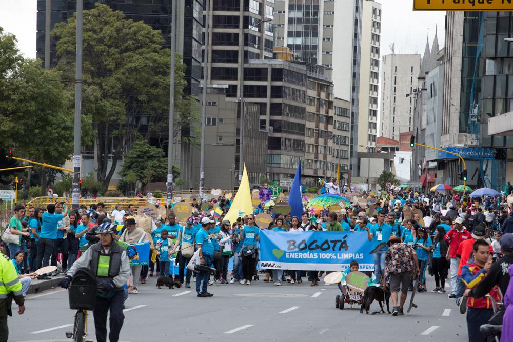 3_BigCrowd2_Bogota_Colombia_BetoDuran.jp