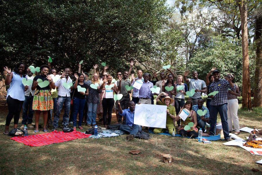 GroupZoomOut_Nairobi_Kenya_AnnaMayumiKer